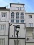 Farola en una fachada de la Villa, Galicia - Septiembre 2012