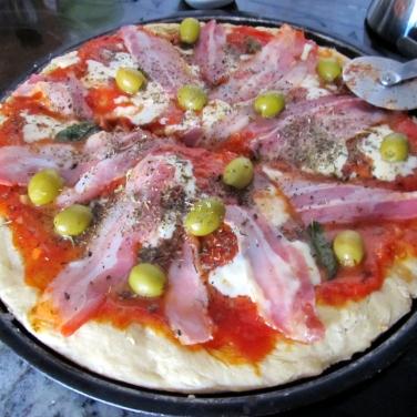 Pizza casera, elaboración propia de quien esto escribe - verano de 2012