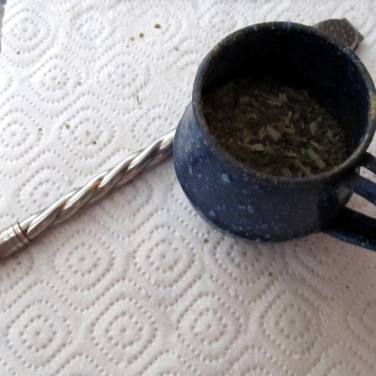 """Mate amargo, listo para ser cebado, en Galicia - 2012 (esta costumbre, hace de mi, un """"panza verde"""")"""