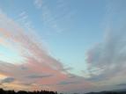 Con el verano a la puertas, los colores cálidos reinan en los cielos del atardecer. Galicia, Junio