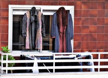 Llegan los fríos más intensos del invierno y es momento de airear los abrigos que tantos meses aguardaron en el fondo del armario. Galicia, Noviembre
