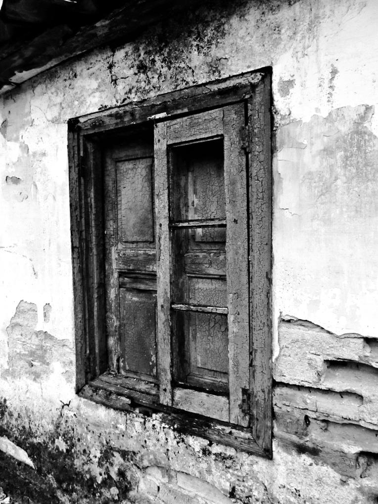 Una vieja ventana - la nobleza de la madera